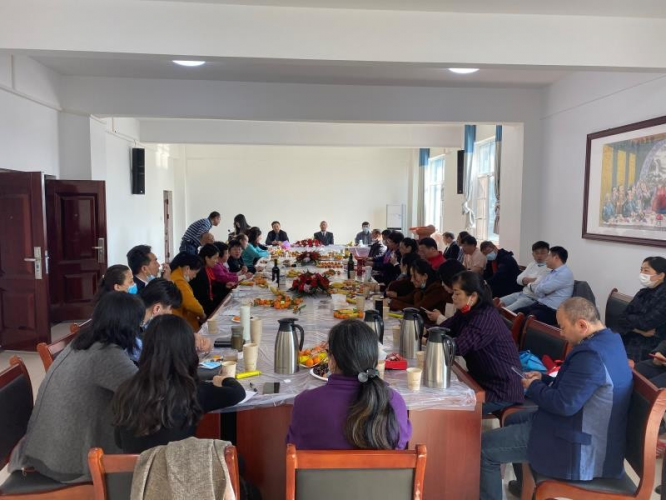 Hubei Provincial CC & TSPM hosted the first working meeting in 2021 for all staff on February 22, the eleventh day of the first lunar month, with 40 people in attendance.