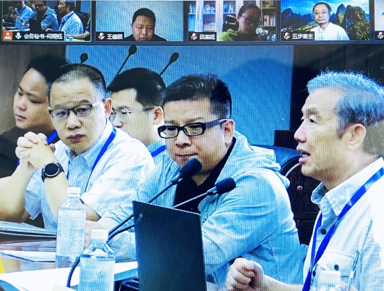 """The academic conference themed """"Individuals, Organizations, and Cultures Spanning across China and the West"""" was held in Shanghai  on September 25, 2021."""
