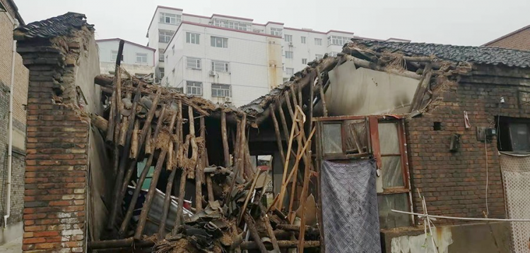 A dilapidated house belonging to Jiexiu Church in Shanxi collapsed in a heavy rainfall in early October, 2021.