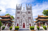 Xishiku Catholic Church , 305 years old, the favorite church for the city's youngsters. Wang Jing